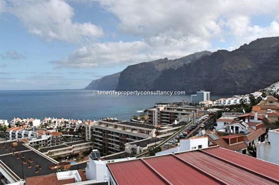 Ref: 200-606 Apartment Puerto de Santiago Los Gigantes Tenerife Canary Islands