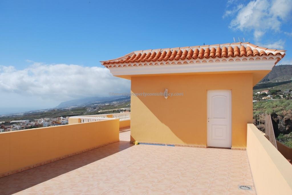 Villa 595,000 €