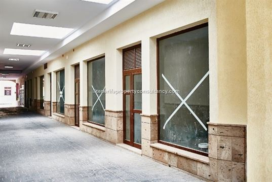 Ref: 700-483 Business Commercial Centre Adeje Tenerife Canary Islands